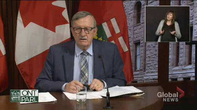 Click to play video: Getting 1st COVID-19 vaccine dose 'doesn't negate your need to be responsible': Ontario's top doctor