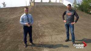 Saskatoon BMX riders gear up for weekend of action (03:15)