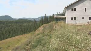 North Okanagan homeowner calling for provincial help after landslide leaves home on the edge