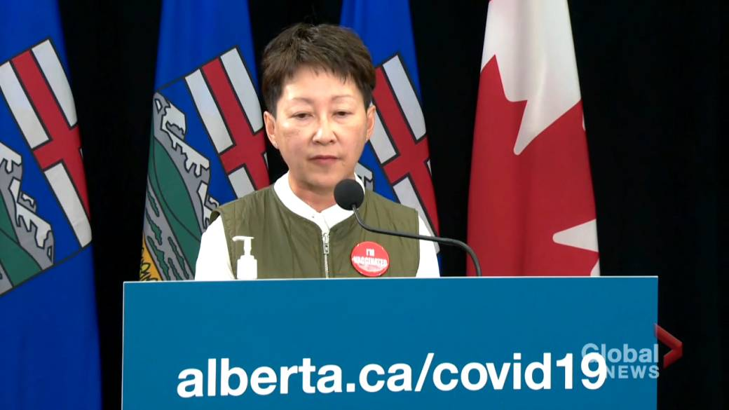 Click to play video: 'Alberta struggling with 'workforce' issues in health-care system amid COVID-19 surge'
