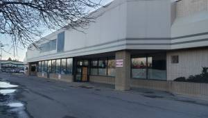 Lethbridge businesses say neighbouring a vacant lot may have negative impacts