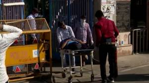 India's daily COVID-19 cases hit new world record as country faces oxygen shortages (02:00)