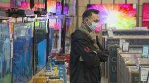 Local B.C. businesses worry about Black Friday bust (01:58)
