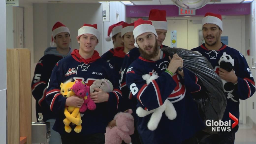 Lethbridge Hurricanes bring Teddy Bear Toss toys to sick kids in hospital