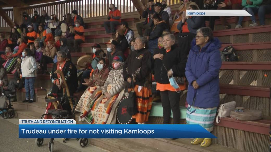 Click to play video: 'Trudeau under fire for not visiting Kamloops on Truth and Reconciliation Day'