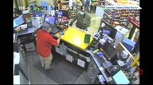 Calgary police release videos of suspects in convenience store robberies (03:05)