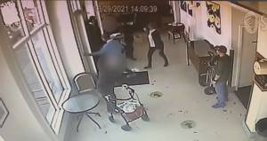 Anti-asian slurs caught on camera in Richmond coffee shop incident (01:57)
