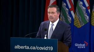 Alberta adds hospitals, health facilities to Critical Infrastructure Defence Act after protests (01:01)
