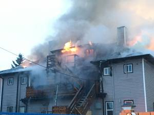 Fire breaks out in home in Edmonton's Westmount neighbourhood