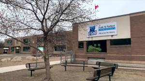 Ecole Saint-Norbert Immersion School moves to remote learning (01:07)