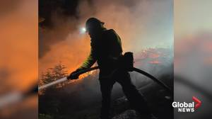 California firefighters battle to contain KNP Complex Fire threatening Sequoias (00:51)