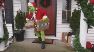 Metro Vancouver Crime Stoppers warns about porch pirates (01:51)