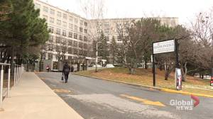 COVID-19 outbreak at Maimonides seniors residence in Côte Saint-Luc has residents and families on edge (02:07)