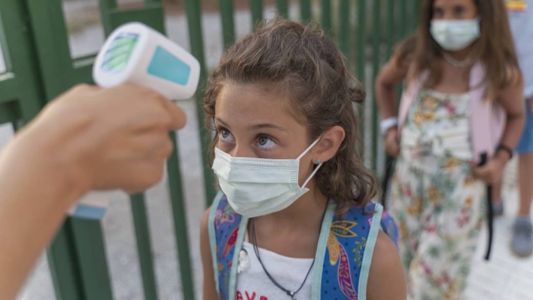 Click to play video 'Health Matters: The ripple effect of the COVID-19 pandemic on families'