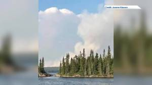 Manitoba cottagers wait and worry as wildfire comes closer (02:02)