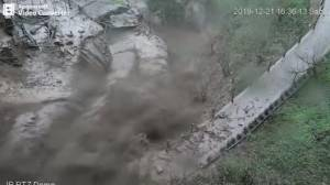 Close call as landslide narrowly misses passerby in Italy