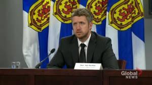 Nova Scotia premier questions New Brunswick's border measures ahead of Atlantic bubble (02:01)