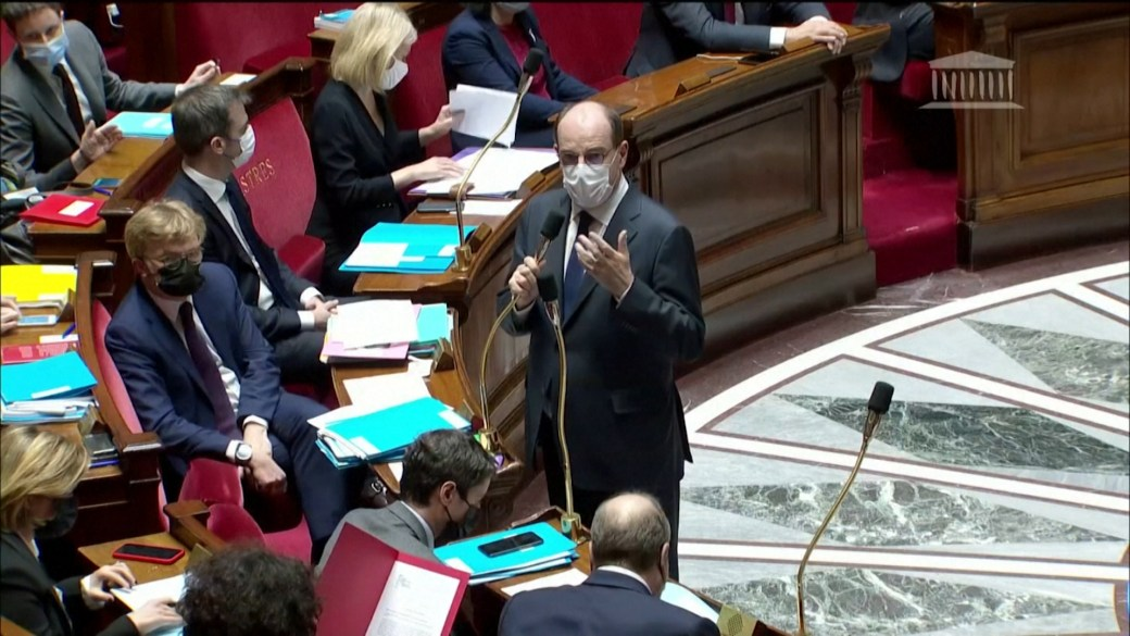 Click to play video: 'French PM warns country may be facing 'sort of 3rd wave' of COVID-19'