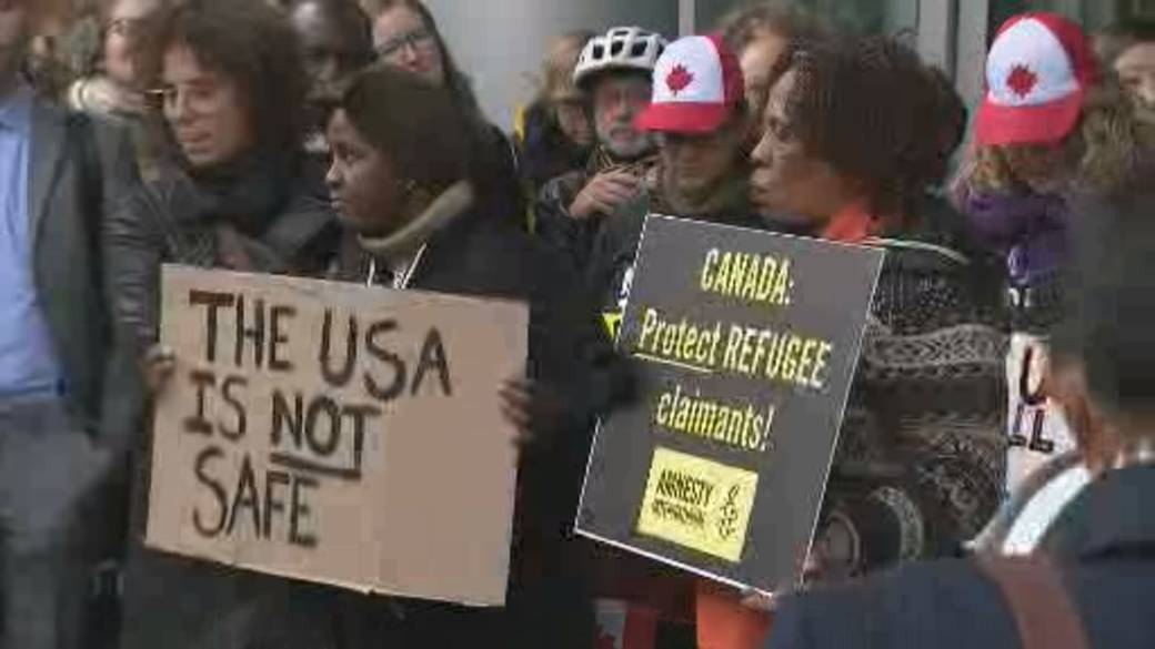 Click to play video: 'Asylum agreement between U.S. and Canada challenged in federal court'