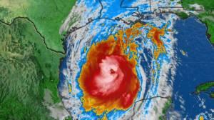 Louisiana residents making last minute preparations before Hurricane Delta's arrival (01:57)