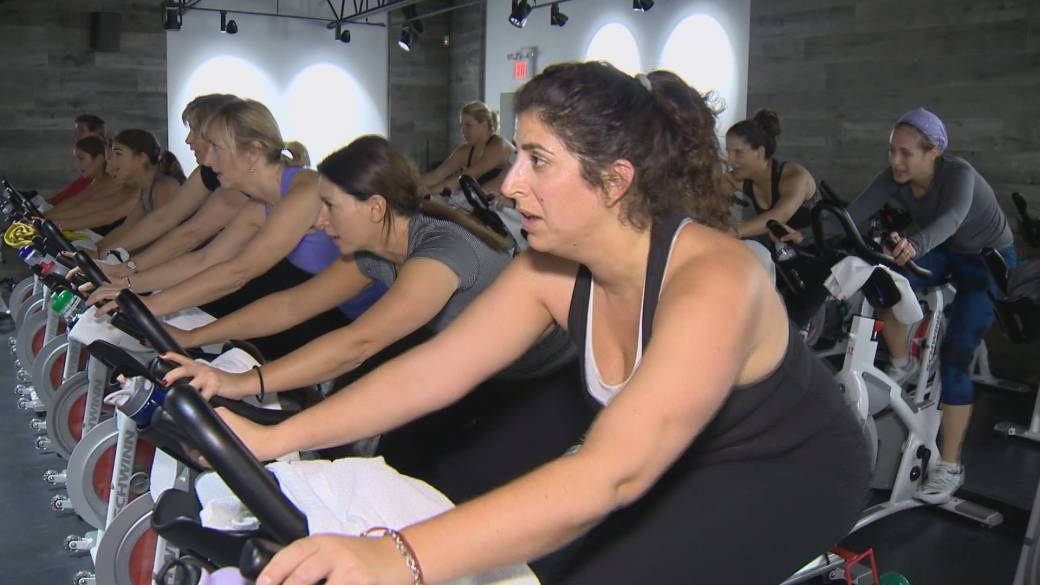 Click to play video 'Dr. Henry says spin classes in Metro Vancouver 'dangerous' right now'