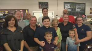 Federal Election 2019: Trudeau takes photos with residents in Hamilton battleground riding