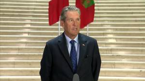 Manitoba premier apologizes 'for the misunderstanding I caused' over Canadian history remarks (00:46)