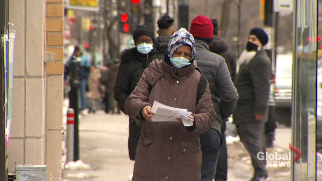 Click to play video: 'Keeping track of COVID-19 vaccinations in Montreal's racialized communities'
