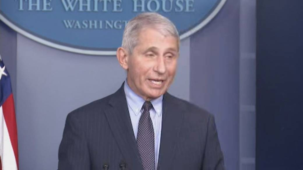 Click to play video 'Coronavirus: Fauci says Biden administration not 'starting from scratch' on vaccine rollout'