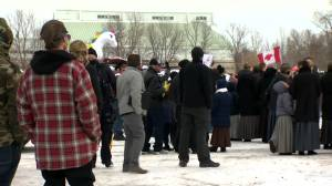 Pallister says tickets coming for those at Steinbach anti-mask rally (01:36)