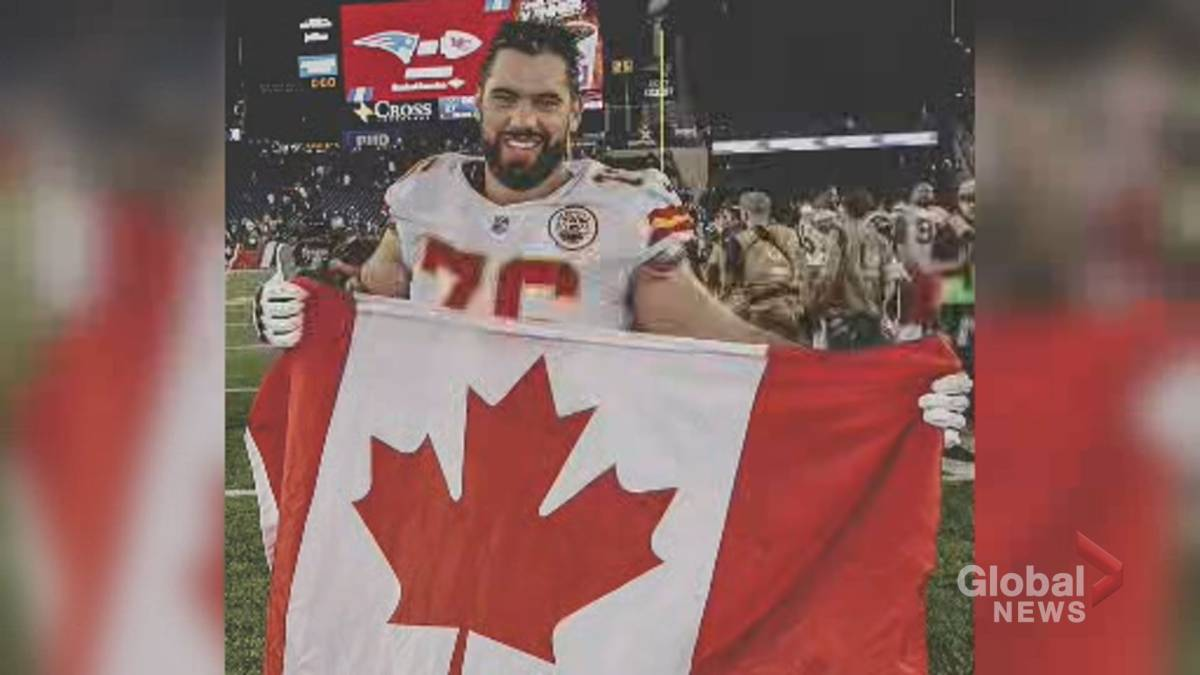 Click to play video 'Coronavirus: Quebec NFL player Laurent Duvernay-Tardif opts out of 2020 season to focus on medicine'