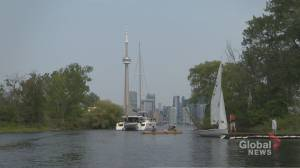 Boat club makes getting out on the water more accessible for first-timers (03:32)