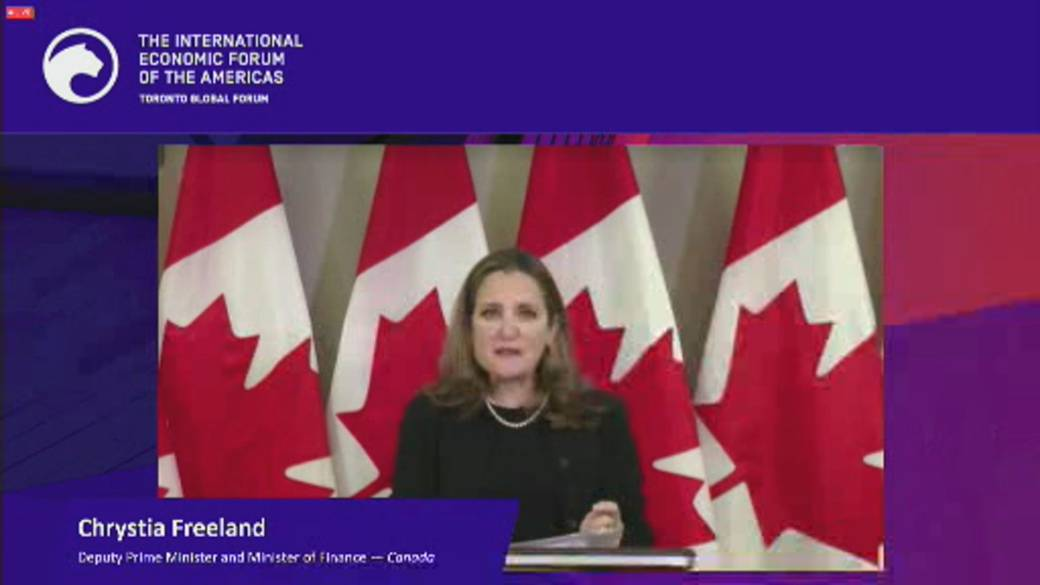 Click to play video 'Coronavirus: Freeland says government wants to give Canadians 'bridge' to get through pandemic'