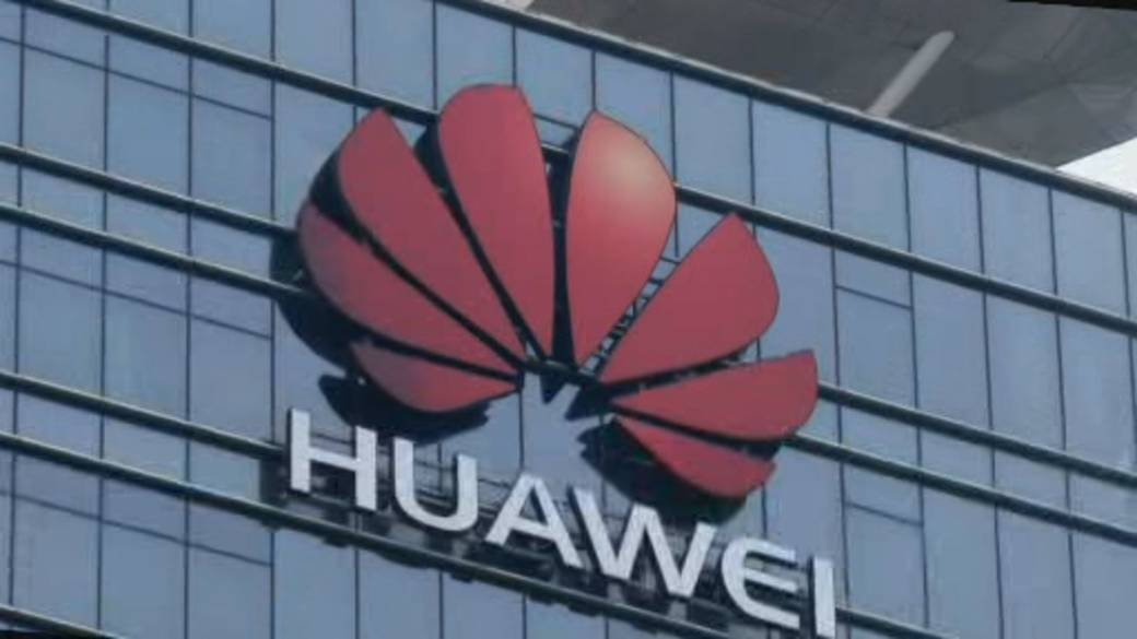 Huawei founder, whose daughter is under arrest in Canada, speaks out about U.S. pressure