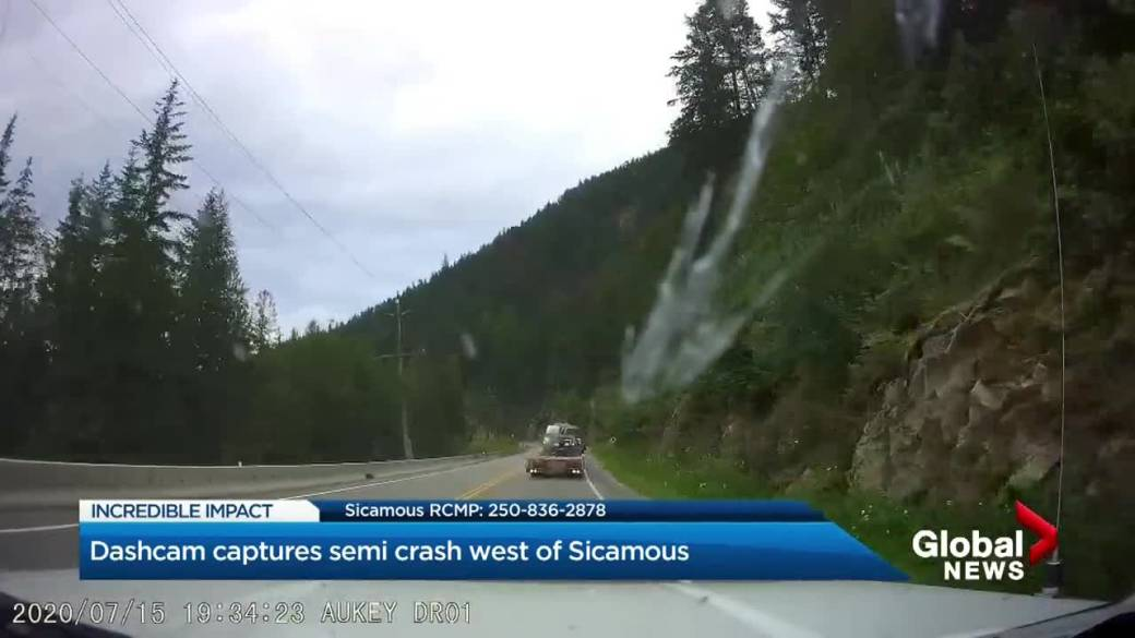 Click to play video: `` BC Pilot Shares Amazing Sicamous Dashcam Video Story ''