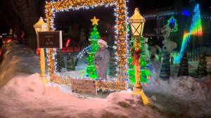 Holiday light shows on display in Saskatoon and area (01:33)