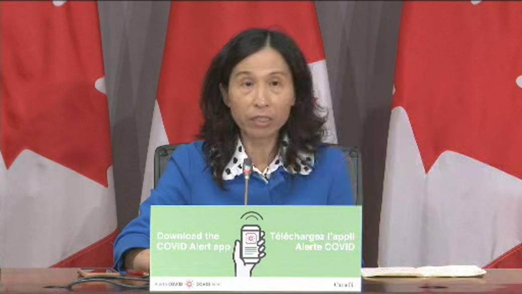Click to watch video 'Coronavirus: Canada's Top Doctor Seeks Ways To' Increase 'Testing' '