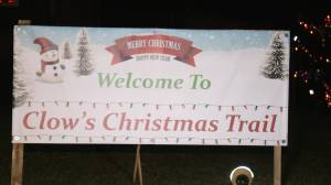 Walk a Christmas trail in Brockville (01:54)