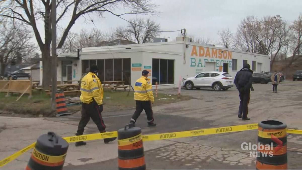 Click to play video 'Etobicoke restaurant ordered closed after defying COVID-19 lockdown rules'