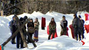 Hundreds of protesters march in support of Wet'suwet'en
