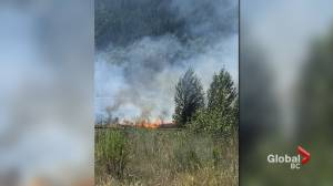 Witnesses point to possible cause of Lytton wildfire (02:16)