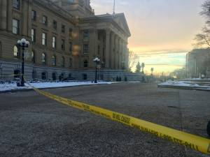 Man shoots himself on steps of Alberta Legislature