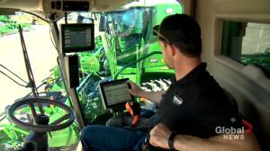 'Trying to make the agriculture world a better place': AgTech advancements improve farm efficiency, safety (01:43)