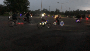 Cyclists decorate bikes with bright lights for 'Glow Ride' in Peterborough (02:03)