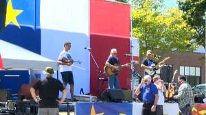 New Brunswickers celebrate national Acadian Day amid COVID-19