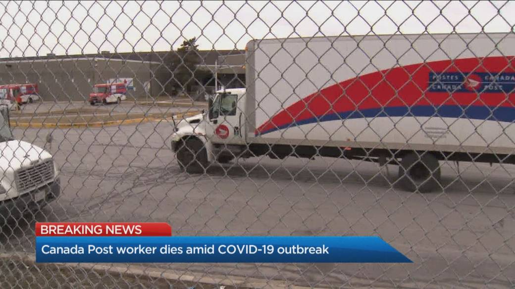 Click to play video 'Canada Post employee dies amid COVID-19 outbreak at Mississauga facility'