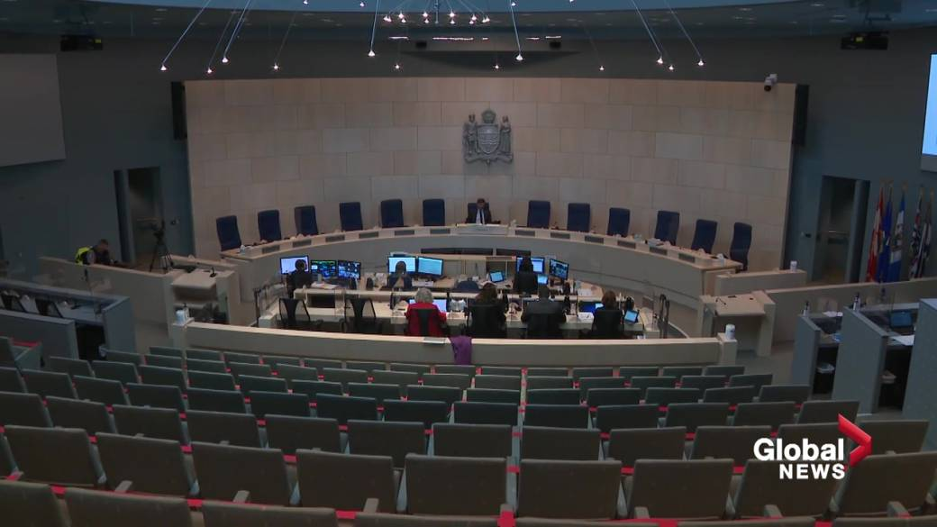 Click to play the video 'Edmonton Adopts 2021 Budget With 0% Tax Increase'