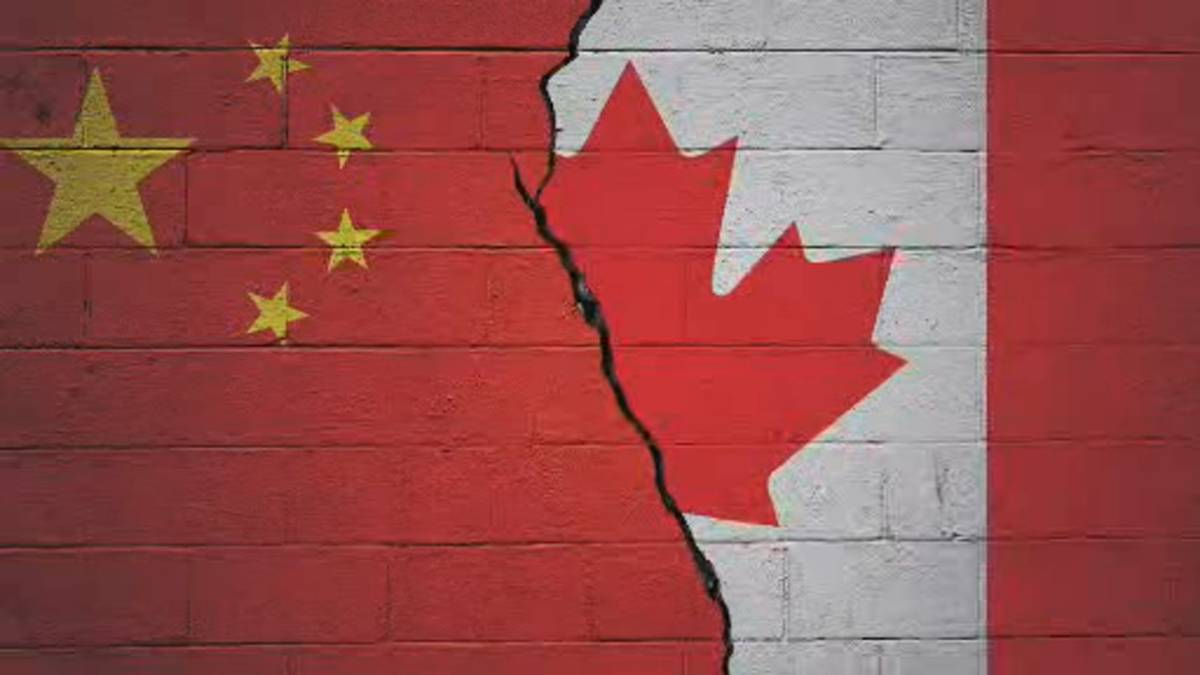Click to play video: 'Canada and China's relationship status after Meng, 2 Michaels return home: it's complicated'