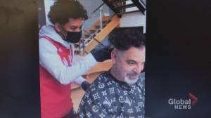 17-year-old barber of millionaires (03:28)
