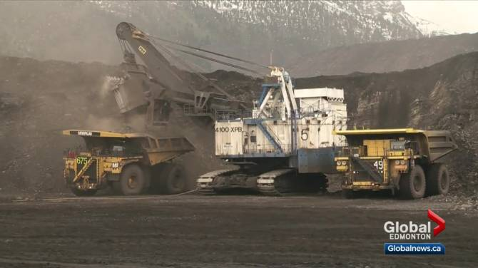Click to play video: Red flags and mistrust flare up over Alberta government coal flip-flop